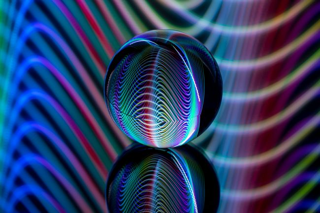 Robert  Gipson | Light waves in the crystal ball.