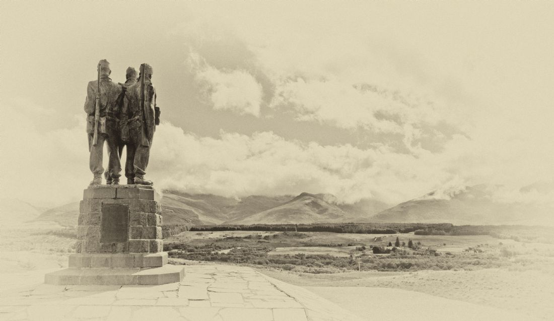 Chris Thaxter | Commando Memorial Old Plate