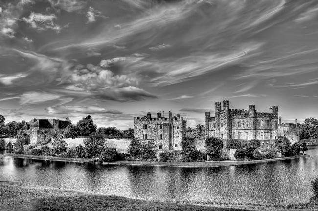 Chris Thaxter | Leeds Castle Black and White