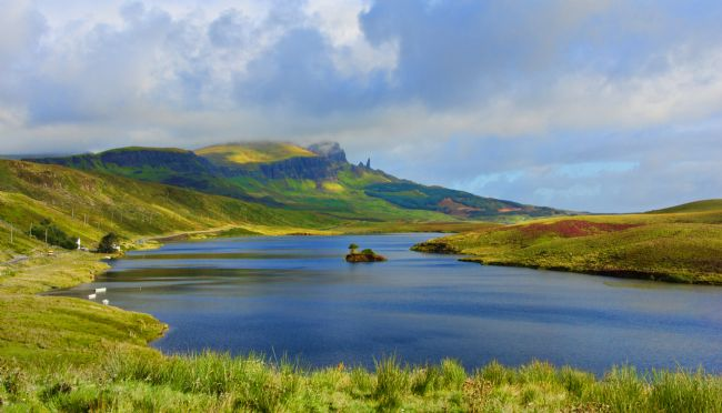 Chris Thaxter | Loch Fada to the Storr