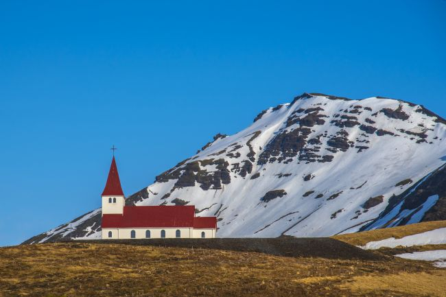 Chris Thaxter | Vik Church Iceland