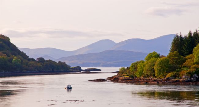 Chris Thaxter | Looking to the Isle of Mull