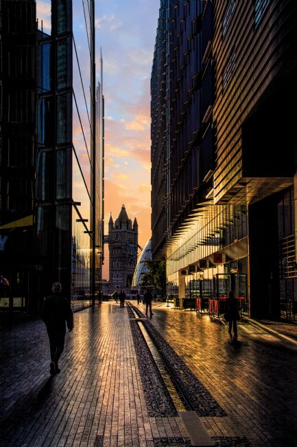 Chris Thaxter | London Sunrise