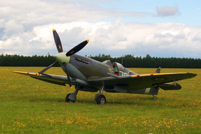 Chris Day | Spitfire Mk IXB