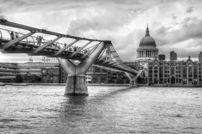 Chris Day | Millennium Bridge