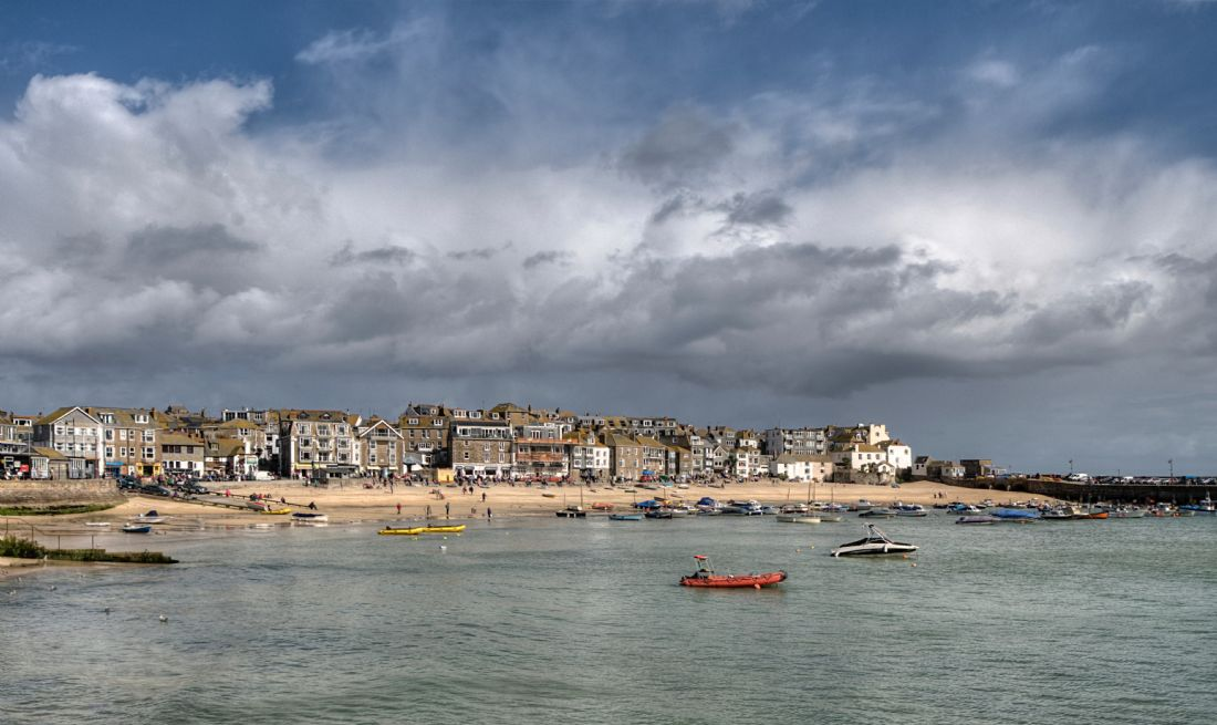 Rosie Spooner | Clouds gather over St Ives Beach in Cornwall
