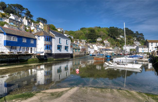 Rosie Spooner | Polperro Harbour in South East Cornwall