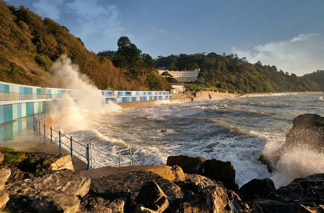 Rosie Spooner | Rough Seas at Meadfoot Beach in Torquay