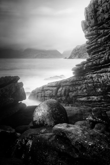 Karl Thompson | The Elgol Pebble