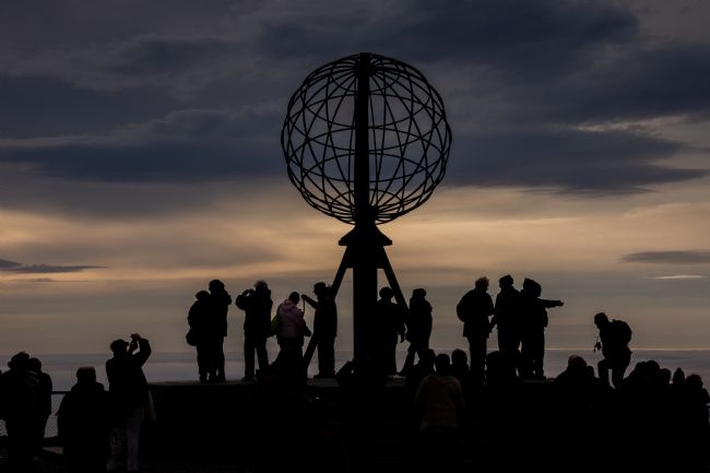 Phil Wareham | North Cape Silhouettes