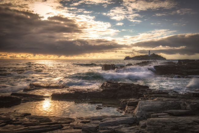 Pam Sargeant | Splashes Before Sunset at Godrevy