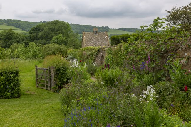 pauline tims | Garden at Snowshill Manor, Snowshill, Gloucestershire. UK