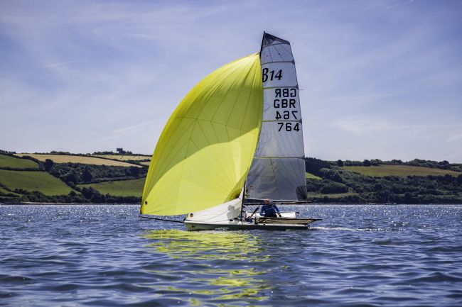 Brian Roscorla | B14 Yellow Spinnaker