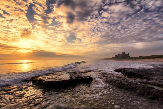 Daniel Dent | Bamburgh Castle at Sunrise