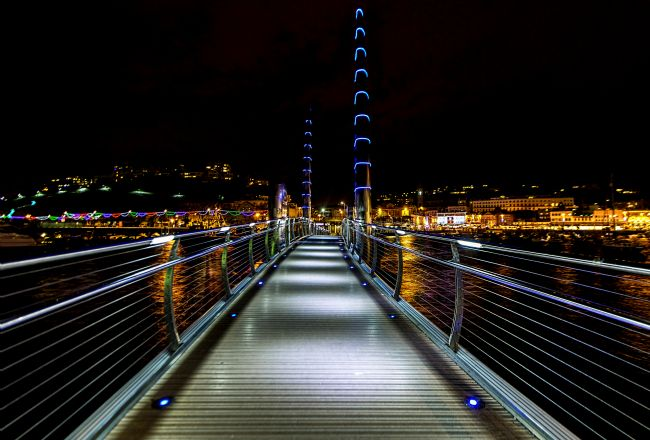 Tracey Yeo | Torquay Harbour Footbridge