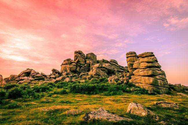 Tracey Yeo | Sunset Over Hound Tor.