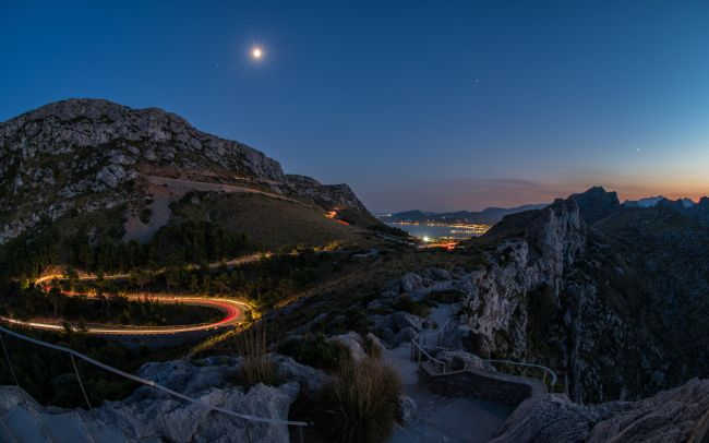 Thomas Green | Puerto Pollensa from Formentor