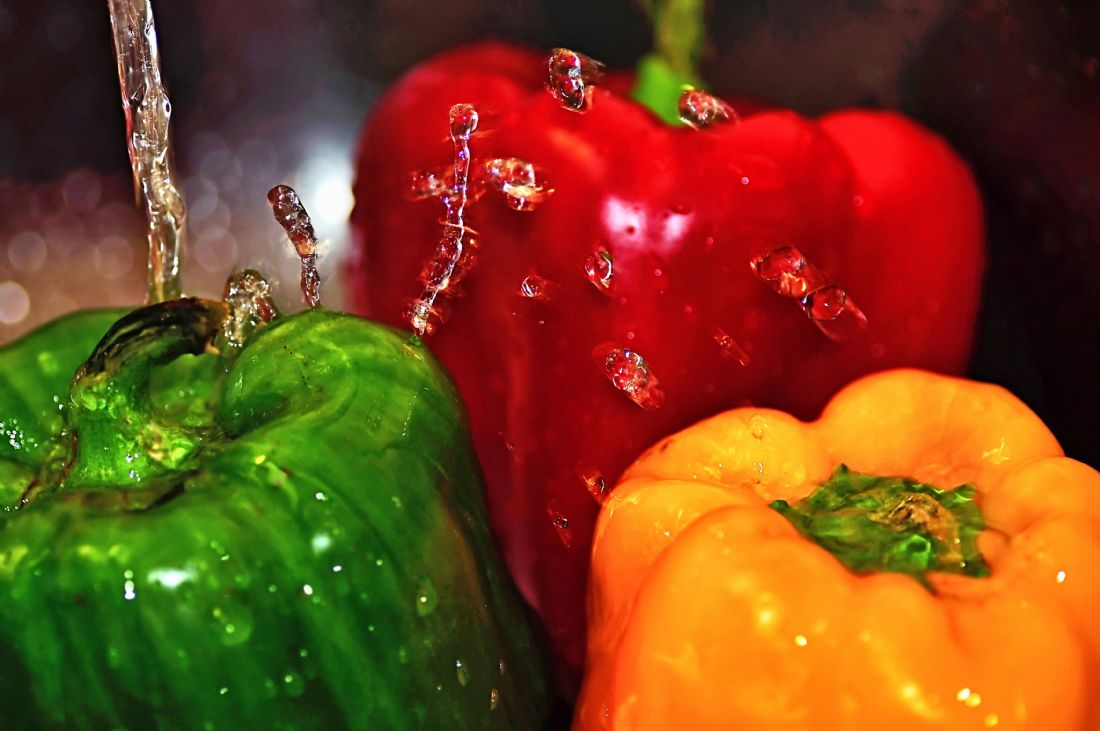 Kaye Menner | Capsicum in the Wash