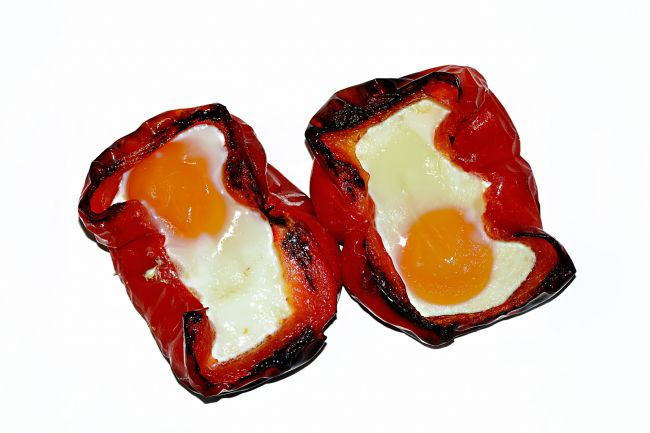 Kaye Menner | Roasted Red Pepper or Capsicum with Eggs