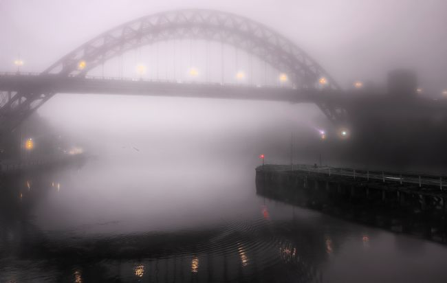 Tom Bell | Fog on the Tyne