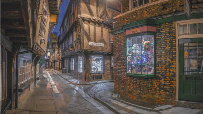 Tom Bell | The Shambles