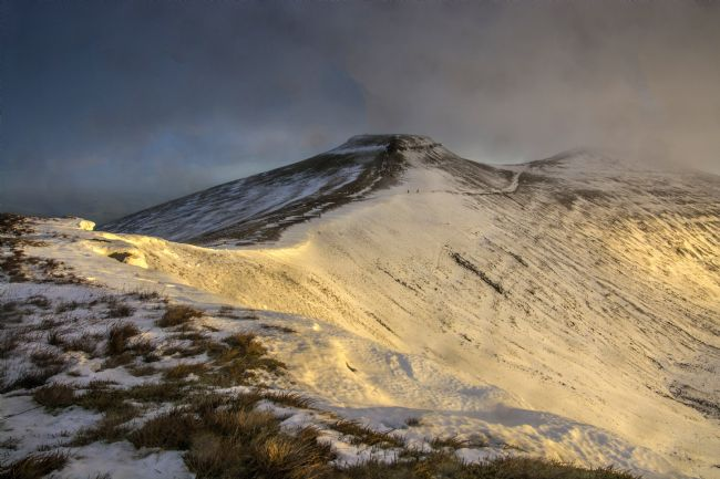 Glenn Porter | Corn Du And Pen y Fan in the Mist