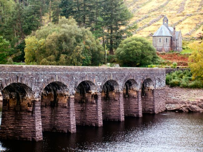 Susan Tinsley | Elan Valley viaduct