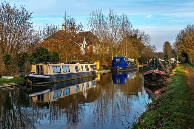 Ian Lewis | Moorings Above Aldermaston Lock