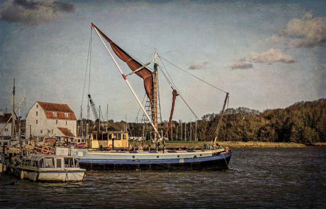 Ian Lewis | Sailing Barge At Woodbridge