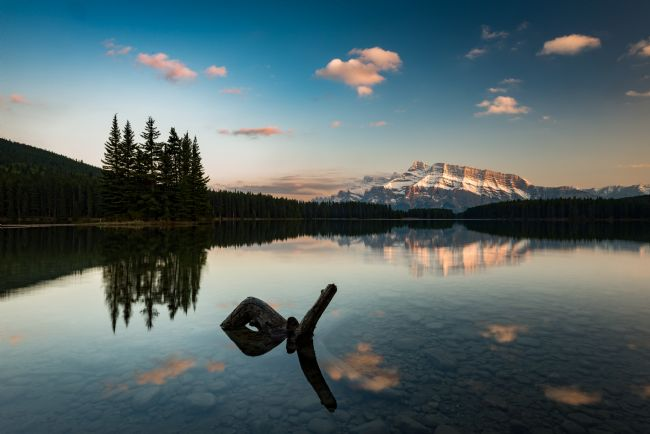 Peter O'Reilly | Mount Rundle & Two Jack Lake