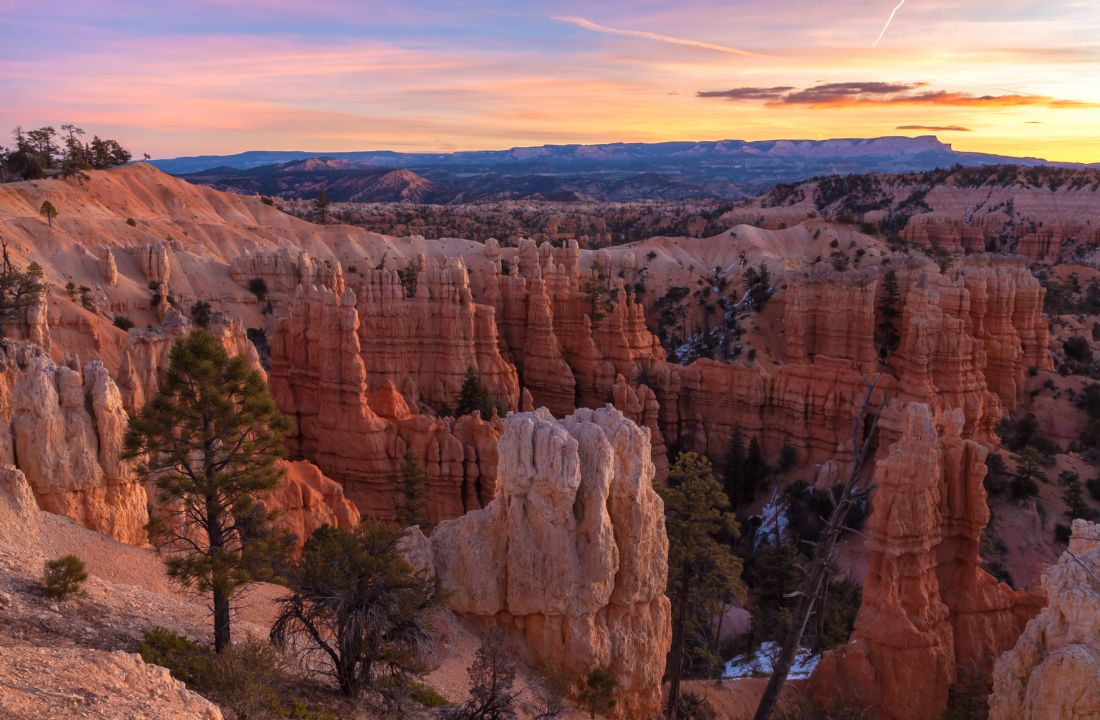 jonathan nguyen | fairyland canyon dawn