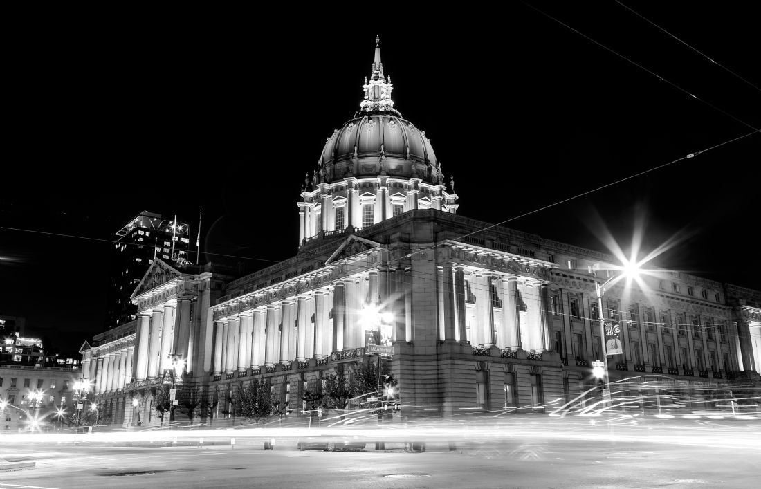 jonathan nguyen | San Francisco City Hall bw 2
