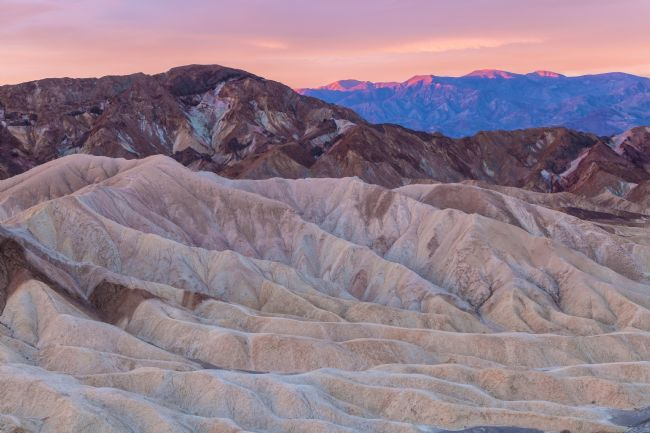 jonathan nguyen | death valley at first light