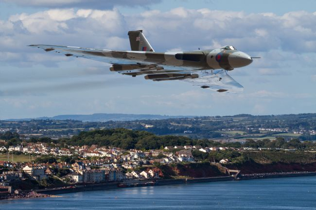 Ken Brannen | The Avro Vulcan flight at Dawlish 2015
