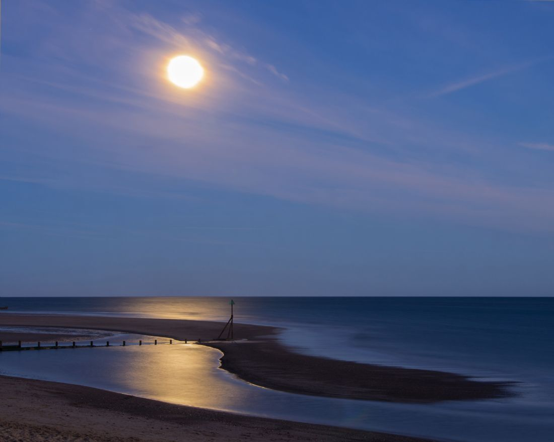 Peter Hemington | Moon light at Exmouth