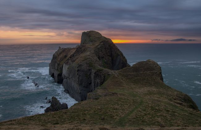 Pete Hemington | Gull Rock near Hartland in Devon