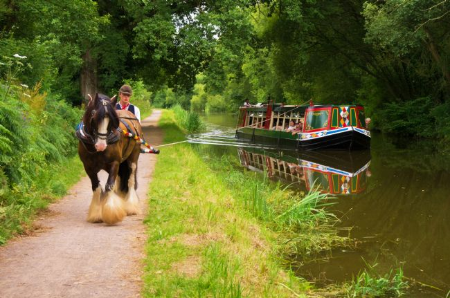 Pete Hemington | Horse and Barge