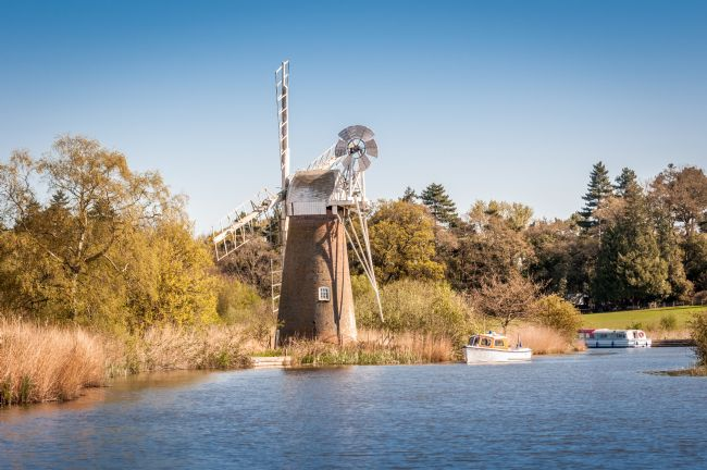 Stephen Mole | Turf Fen Mill at How Hill on River Ant