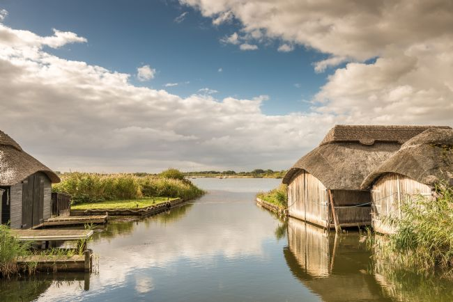 Stephen Mole | Thatched boathouses at Hickling Broad