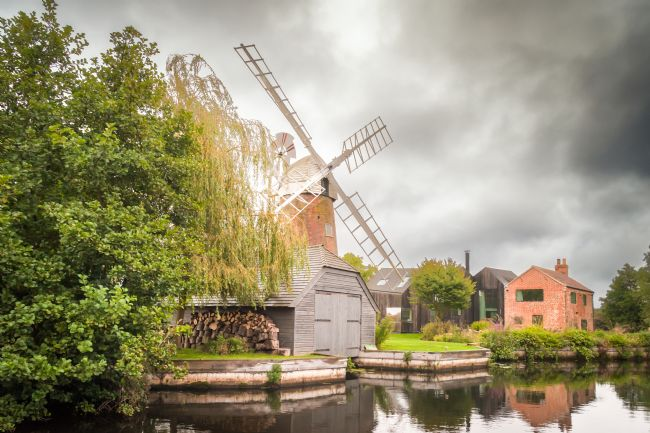 Stephen Mole | Hunsett Mill on River Ant