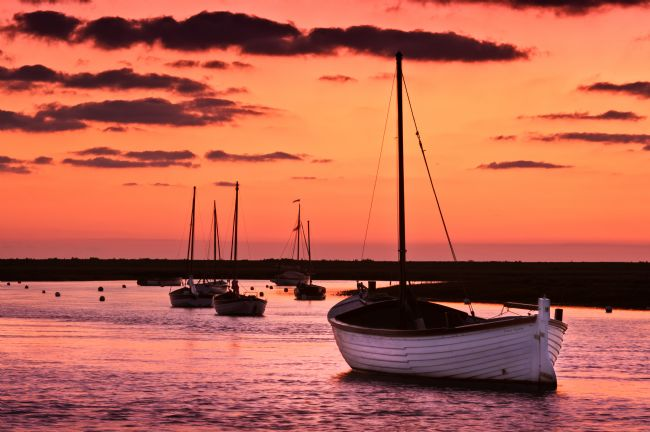 Stephen Mole | Sunset at Burnham Overy Staithe