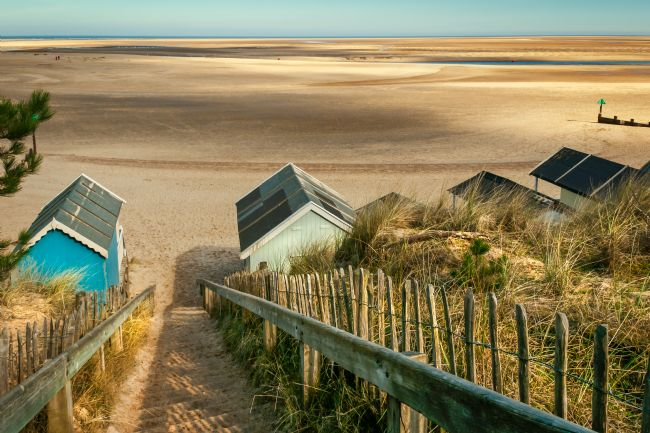 Stephen Mole | Wells Beach and huts