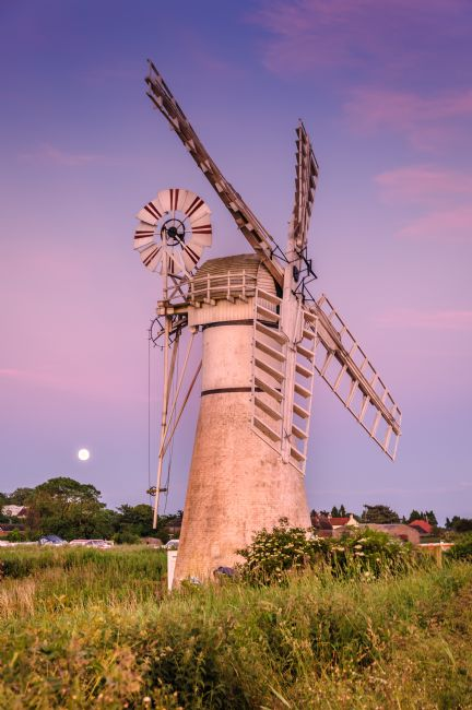 Stephen Mole | Thurne Mill on midsummer's evening