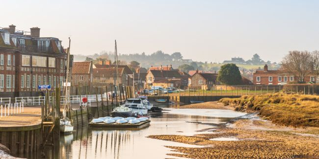 Stephen Mole | Early Morning on Blakeney Quay
