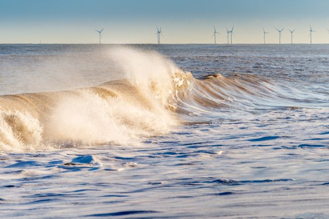Stephen Mole | Breaking Waves at Winterton