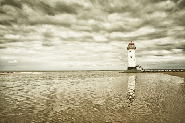 Heidi Stewart | Point of Ayr Lighthouse