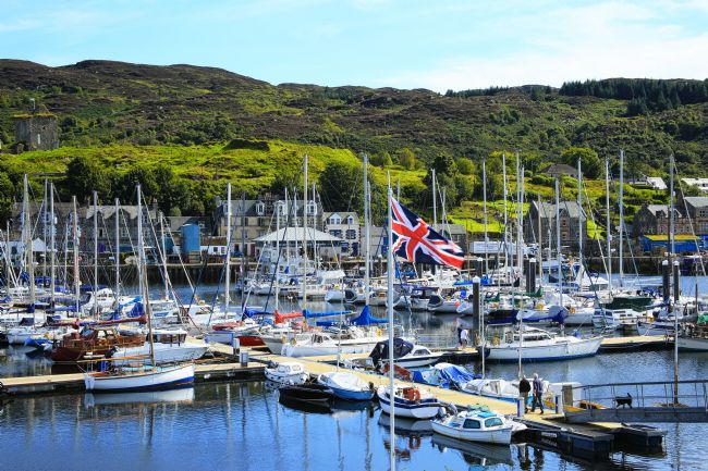 Jane Braat | Tarbert Harbour