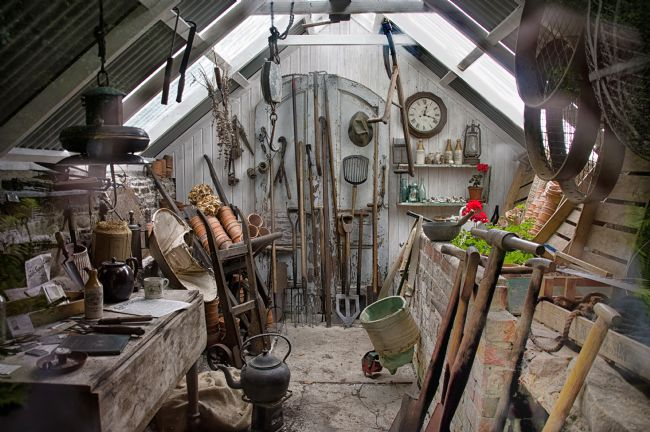 Jacqi Elmslie | The Old Potting Shed