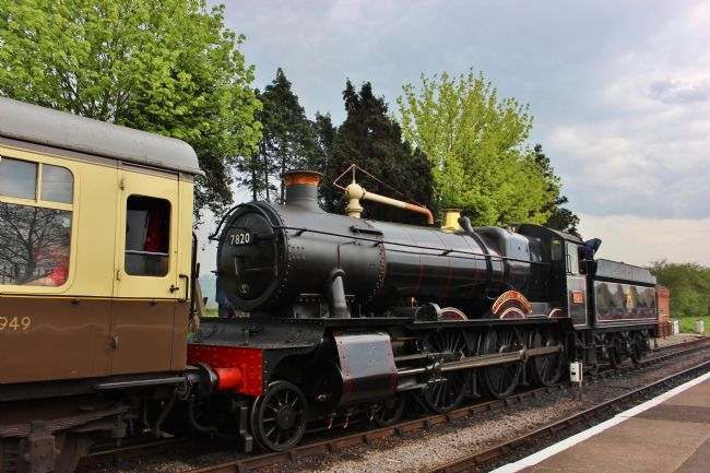 Susan Snow |  7820 Dinmore Manor Steam Locomotive
