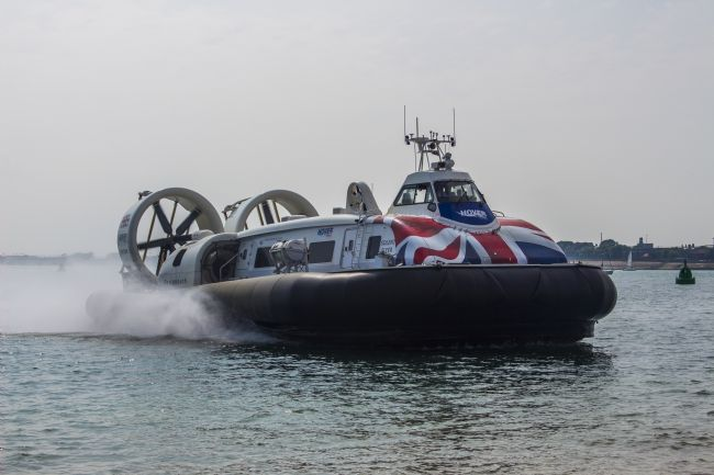 Simon Hookway | Isle of Wight Hovercraft - Southsea